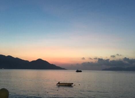 海边看日出的说说
