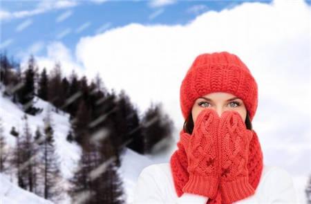 今天有点冷的说说