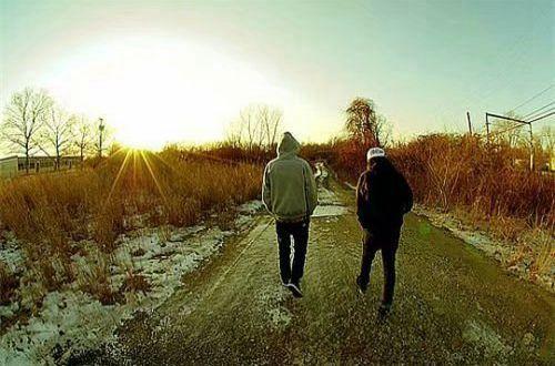 爱情一段很现实的话语:喜新厌旧不是病,不断原谅的人才有病