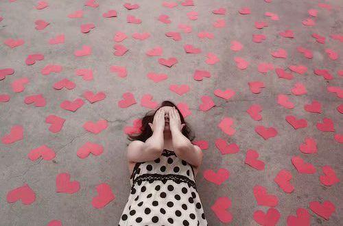很现实的爱情感悟说说:真正的爱情,还包含着物质基础